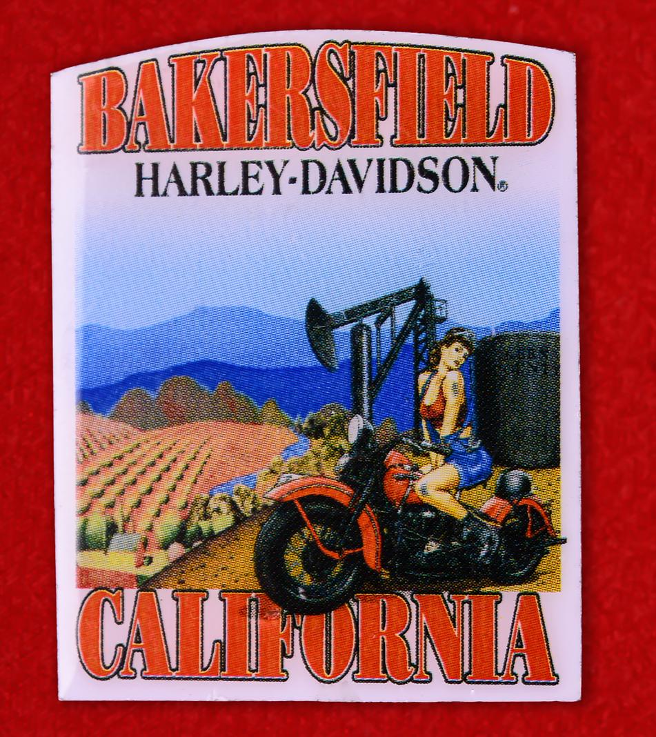 "Байкерский значок ""Харлей-Дэвидсон, Бейкерсфилд, Калифорния"""