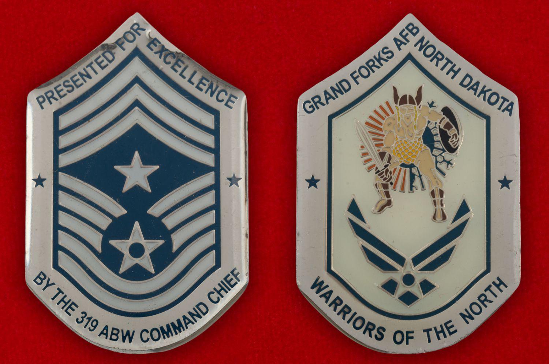 Челлендж коин 319-го авиакрыла дозаправщиков базы Гранд-Фокс ВВС США - аверс и реверс