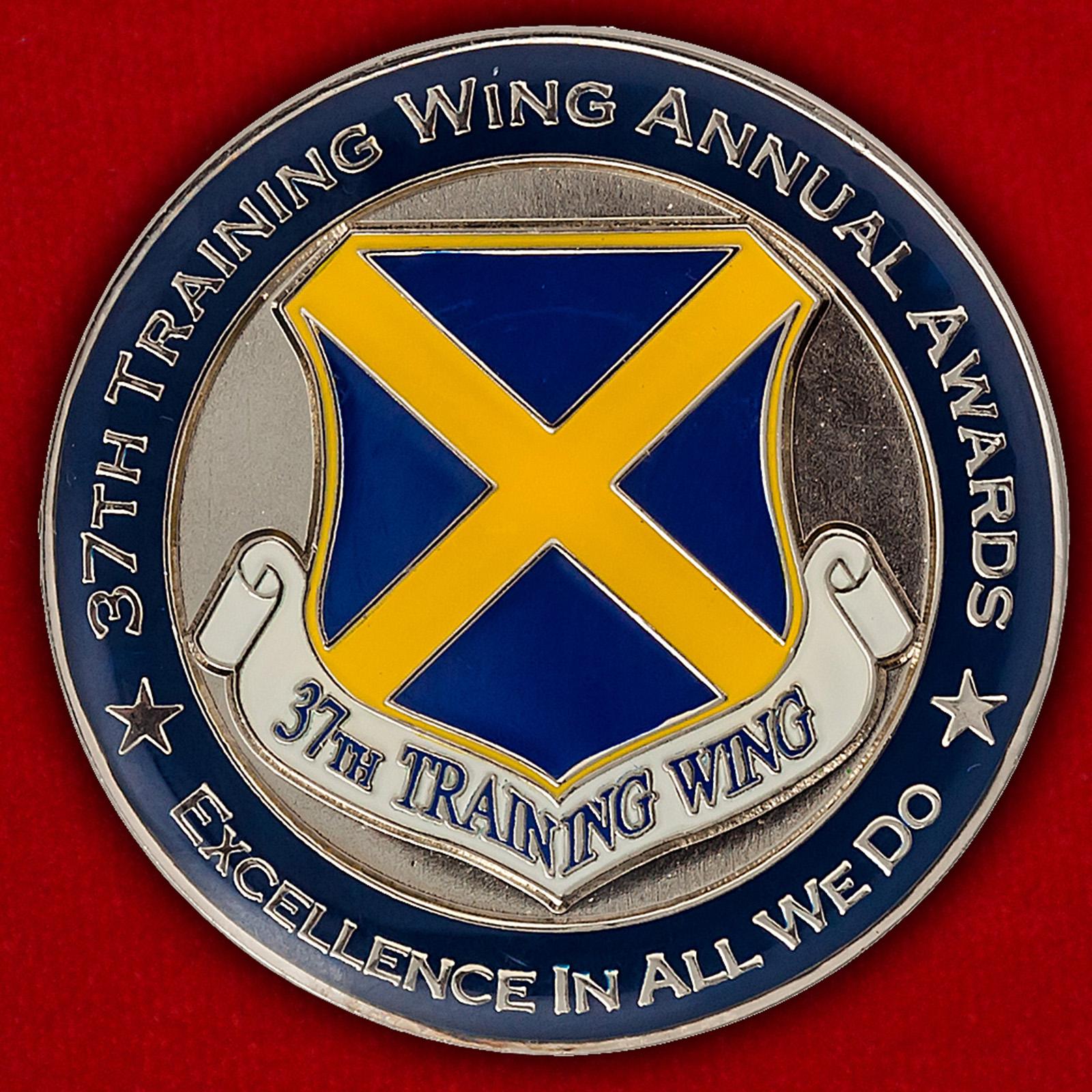 Челлендж коин 37-го учебного авиакрыла ВВС США