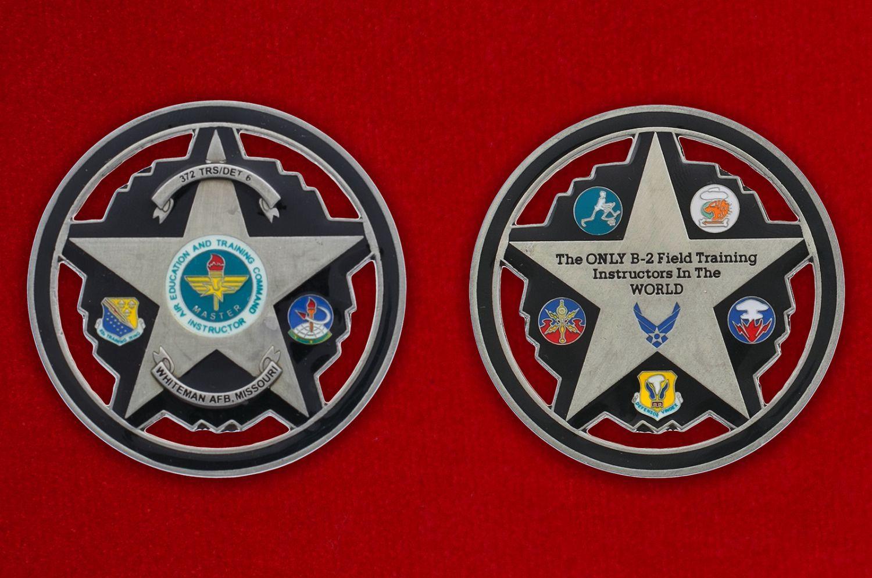 Челлендж коин авиабазы Уайтмен ВВС США - аверс и реверс