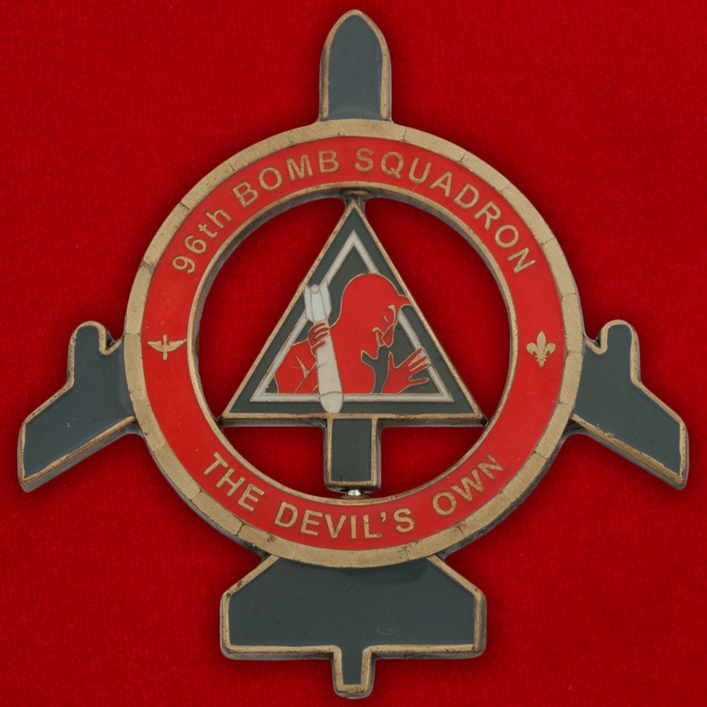 Челлендж коин командира 96-й эскадрильи стратегических бомбардировщиков