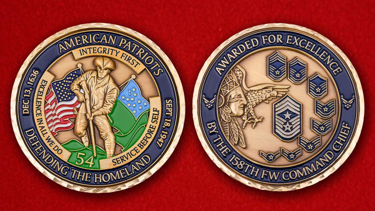 """Челлендж коин """"Командиру 158-го истребительного авиаполка за выдающиеся заслуги"""" - аверс и реверс"""