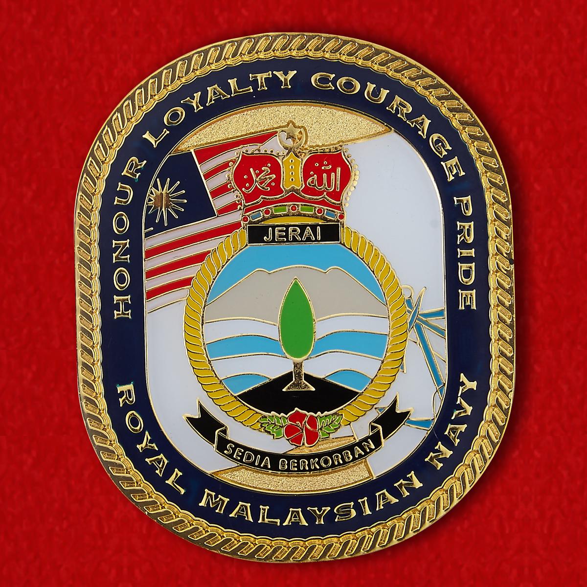 "Челлендж коин ""От командира подводной лодки Тун Разак Королевских ВМС Малайзии"""