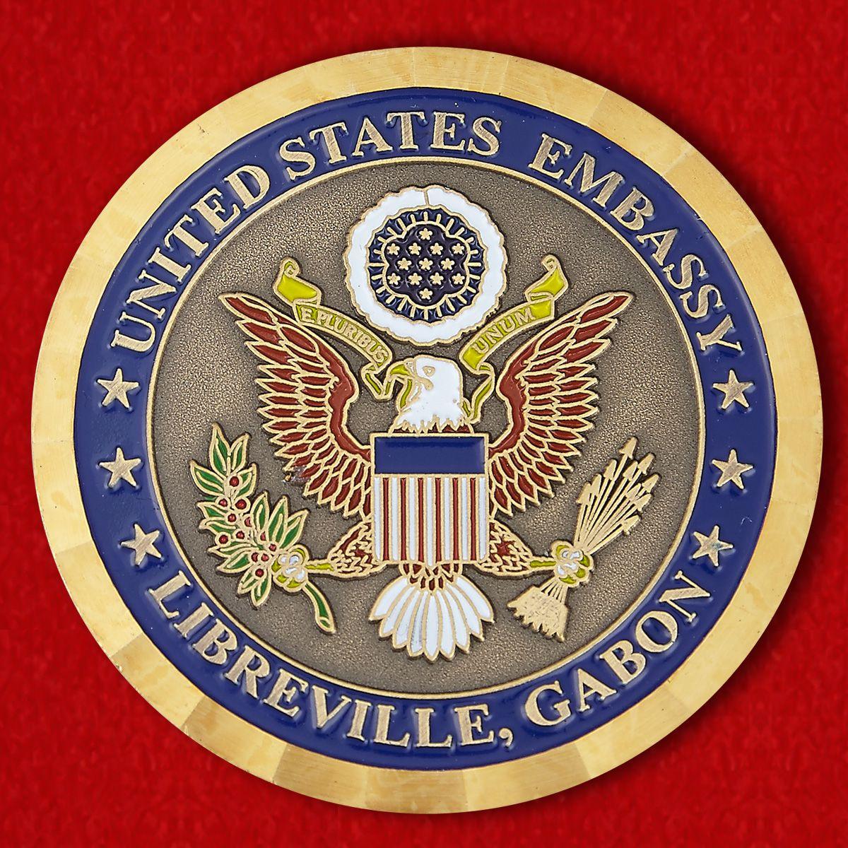 Челлендж коин посольства США в Либревиле