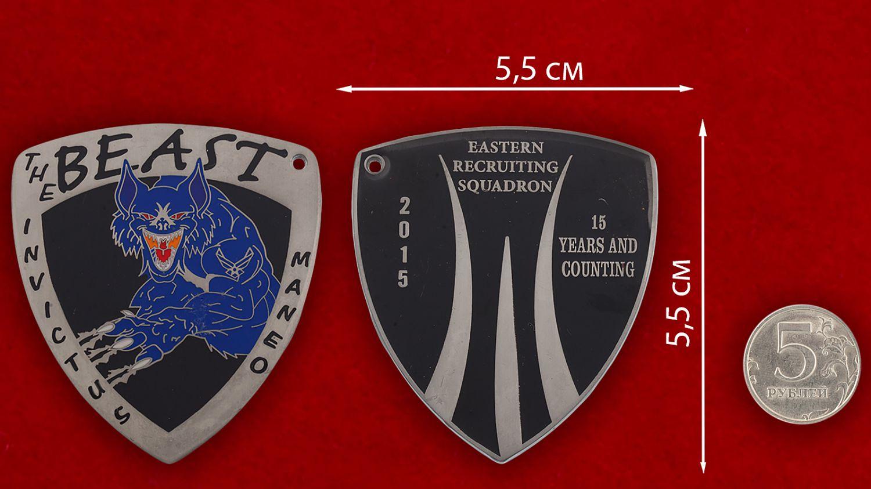 Челлендж коин рекрутинговой эскадрильи ВВС США (Северная Алланта, Джорджия) - сравнительный размер