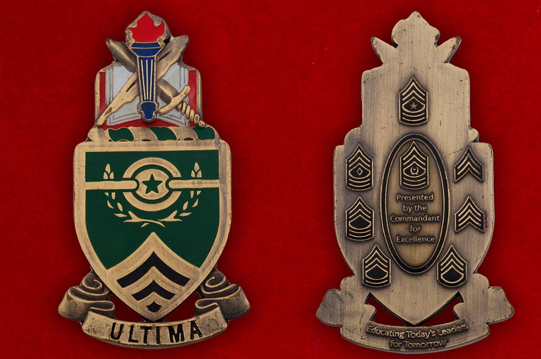 Челлендж коин Школы сержантов Армии США в Форте Блисс - аверс и реверс