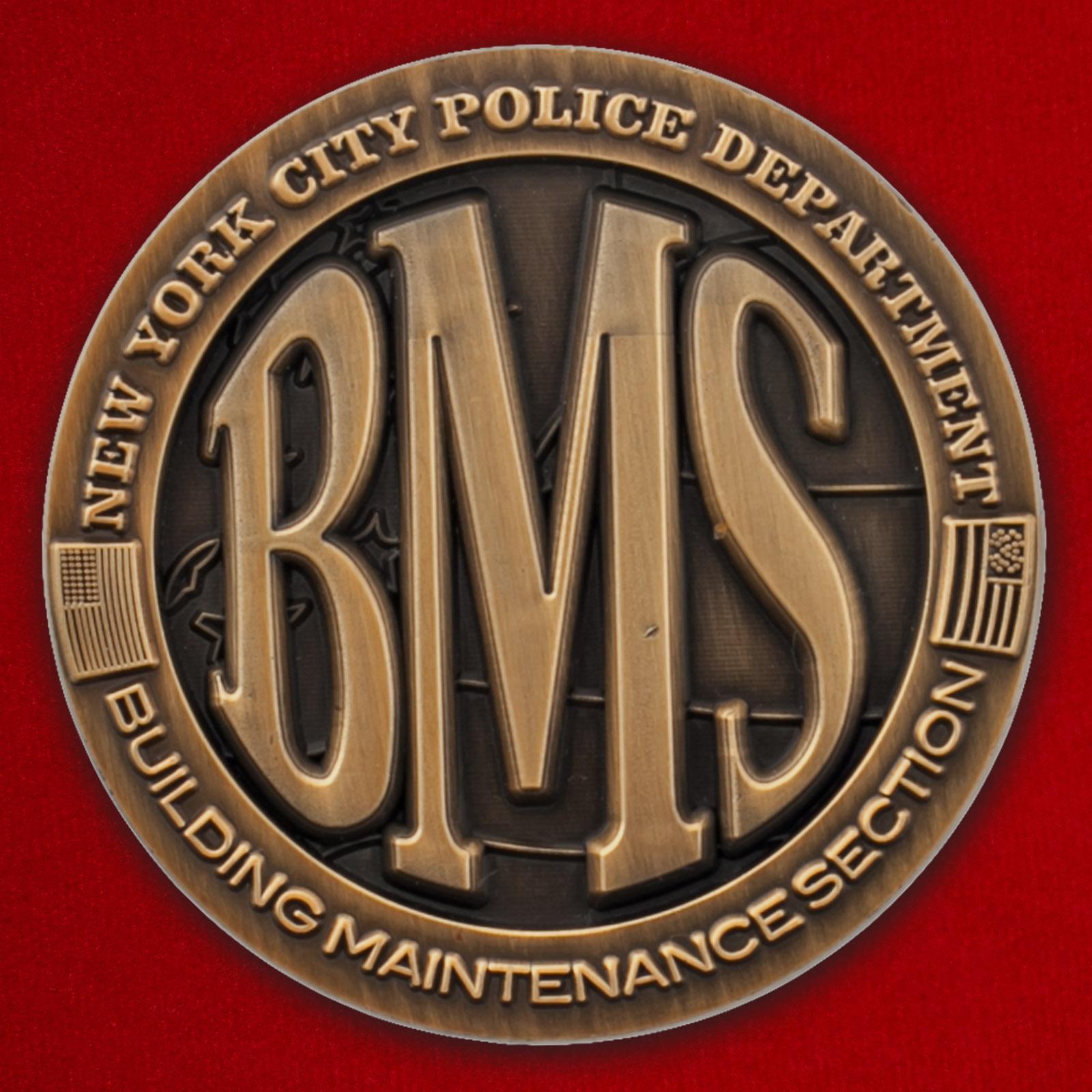 """Челлендж коин """"За отличную службу"""" отдела материально-технического обеспечения строительства Управления полиции Нью-Йорка"""