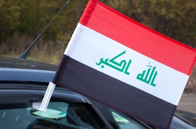 Флаг Ирака на машину
