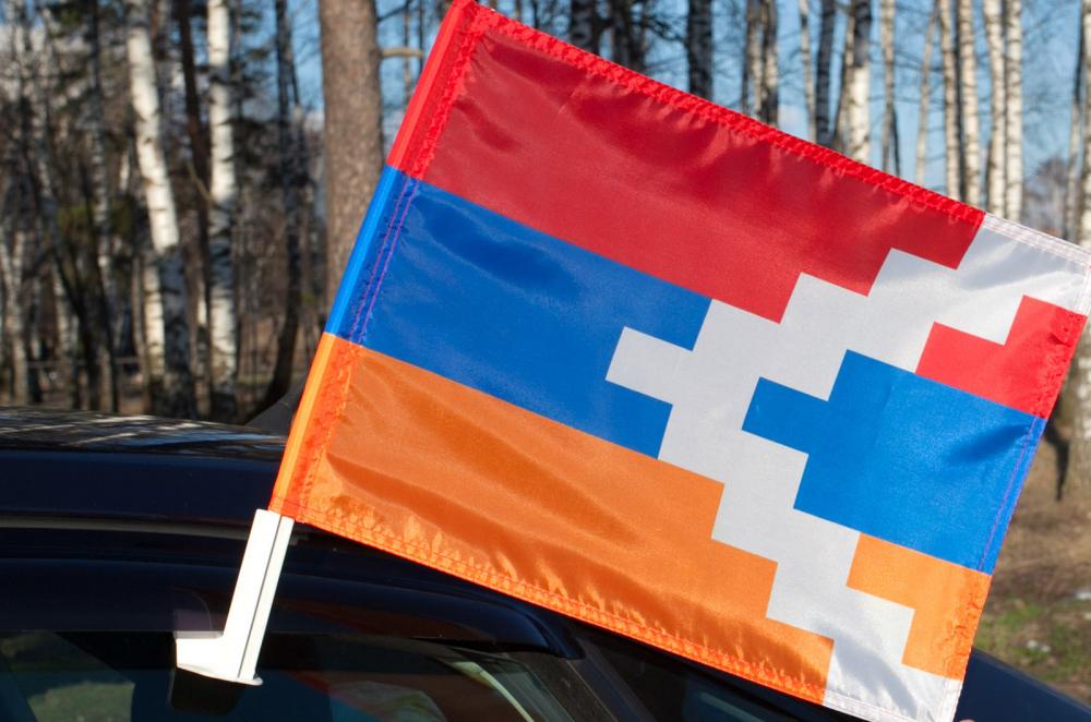 Купить флаг Нагорного Карабаха на машину по символической цене