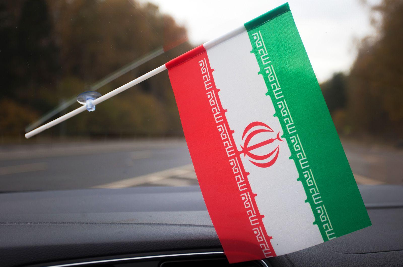 Флажок Ирана с присоской