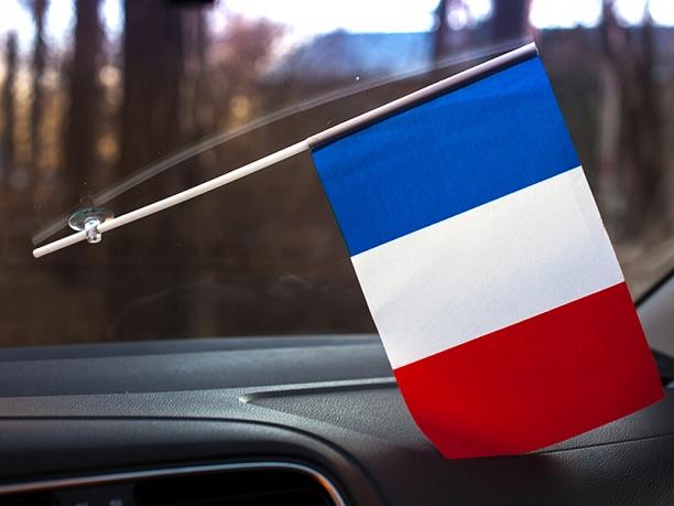 Флажок Франции в машину с присоской по акции