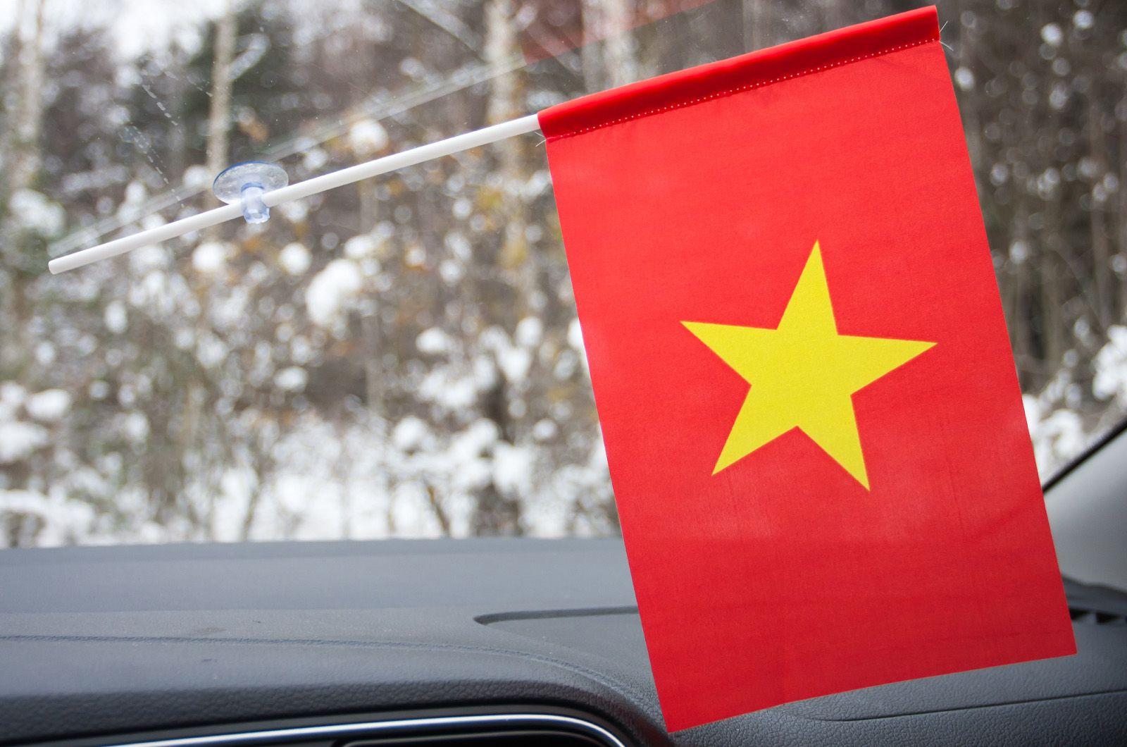 Флажок Вьетнама в машину