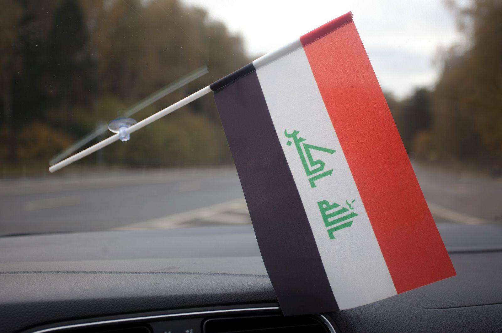 Иракский флажок в машину