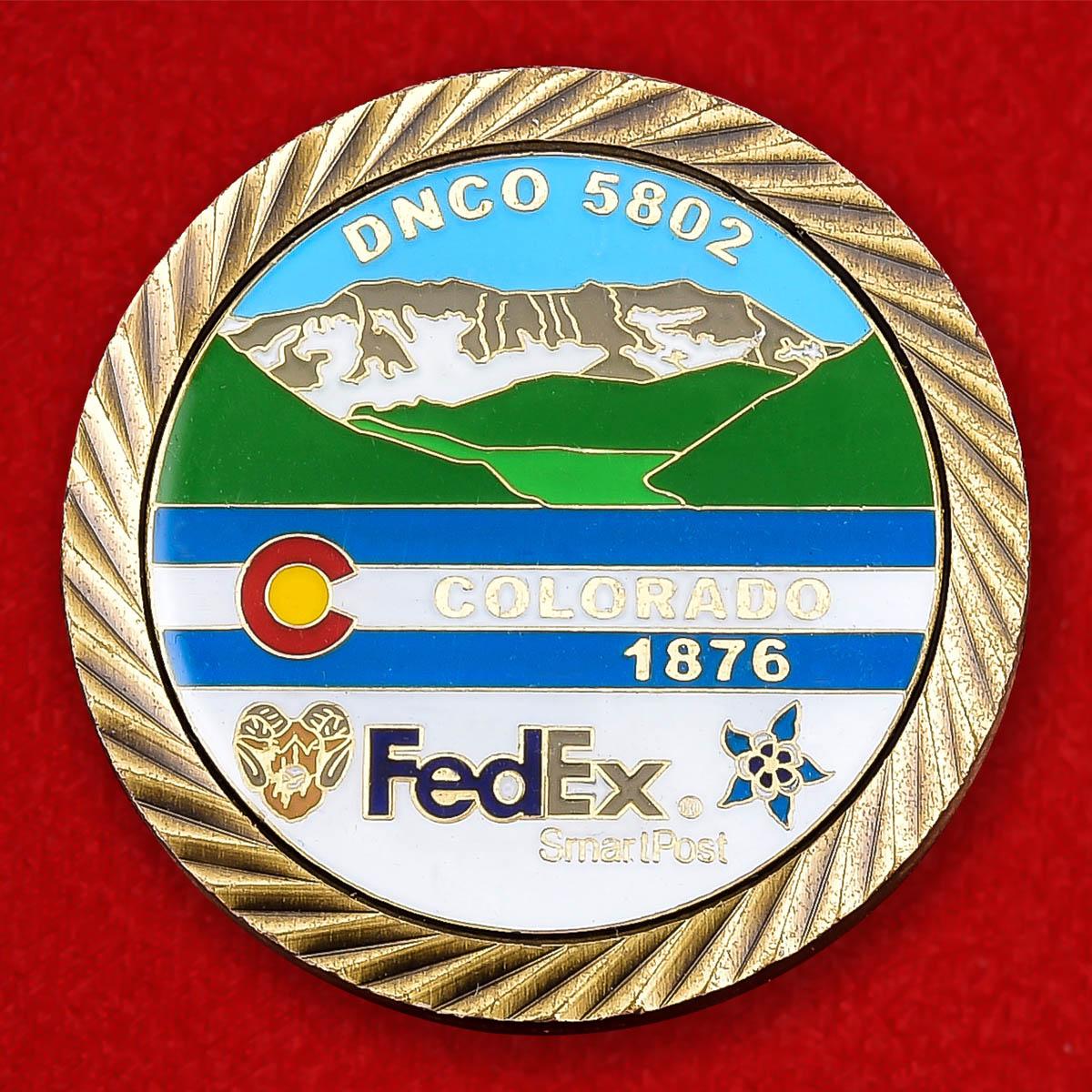 """Монета США """"Отделение компании авиаперевозок FedEx в Денвере, Колорадо"""""""
