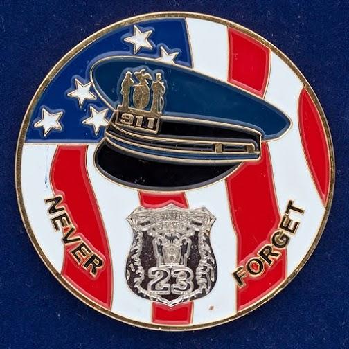 """Монета США """"Памяти погибших во Всемирном торговом центре в Нью-Йорке"""""""