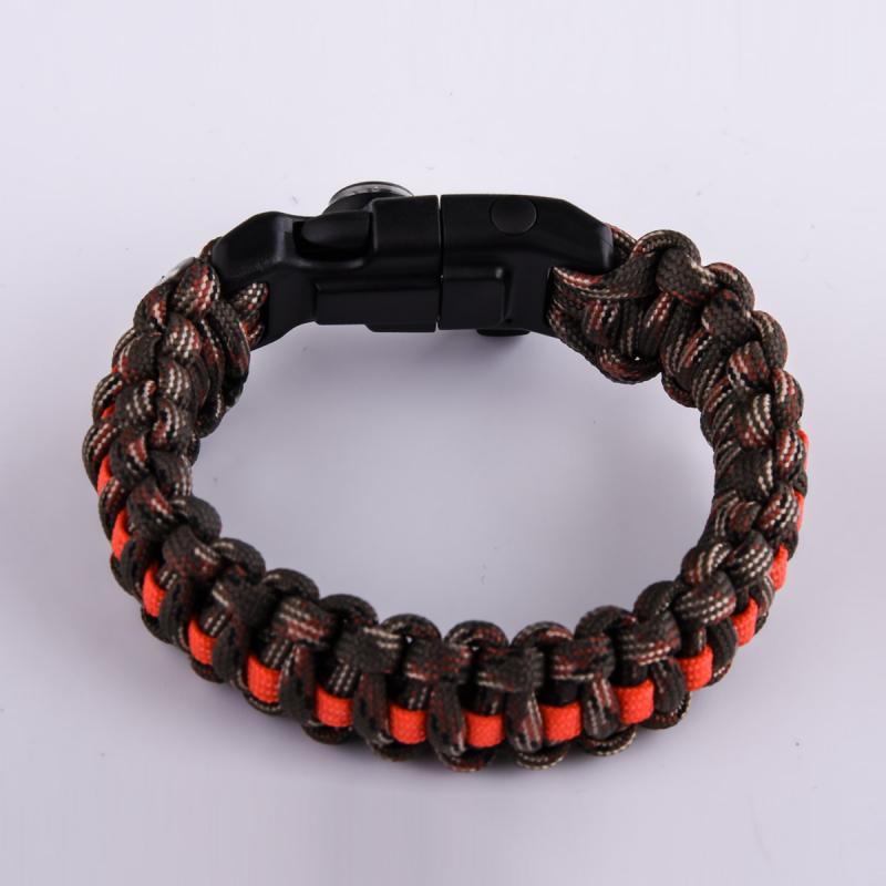 Заказывайте мужские плетёные браслеты оптом и в розницу только в Военпро