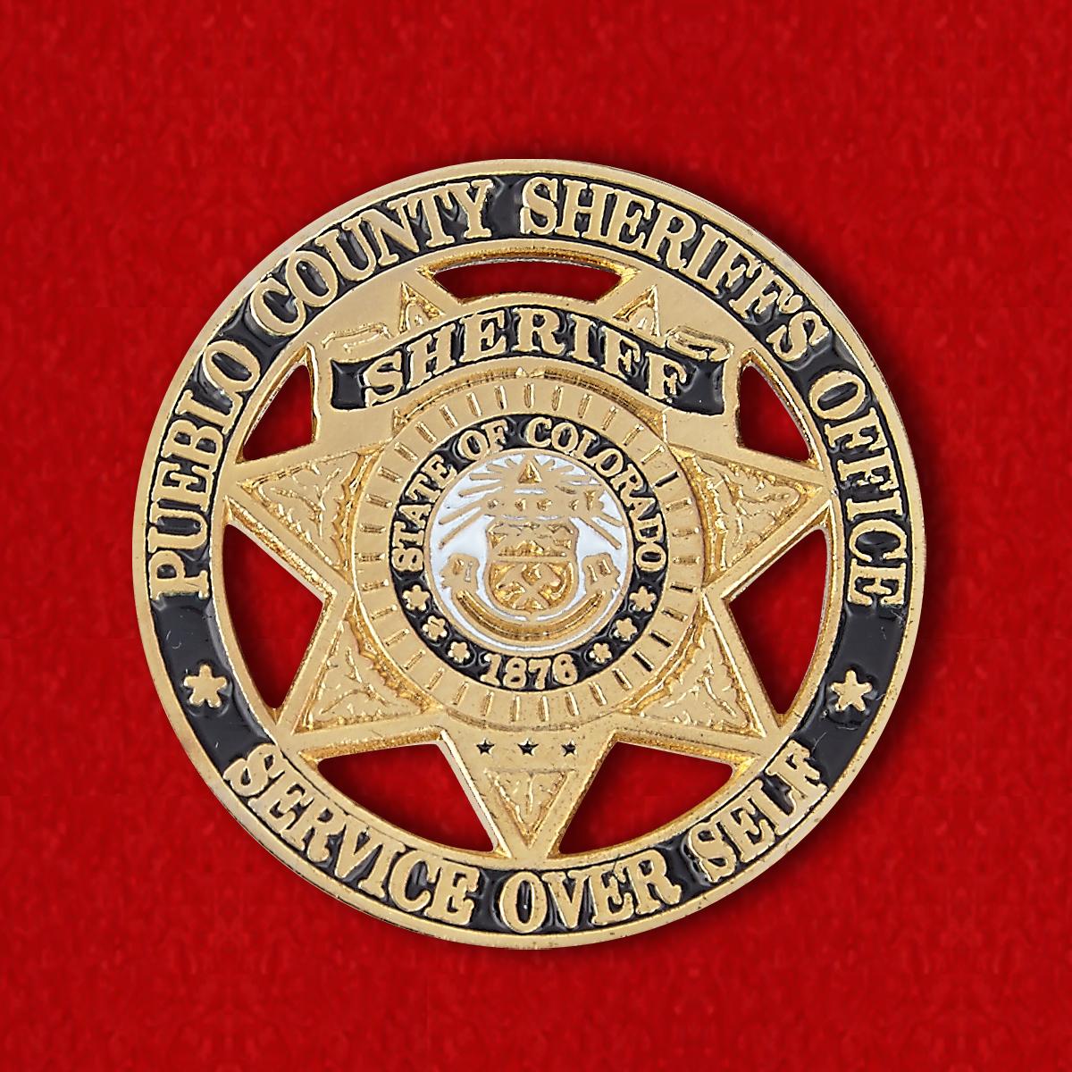 Нагрудный знак сотрудников офиса шерифа округа Пуэбло, штат Колорадо, США
