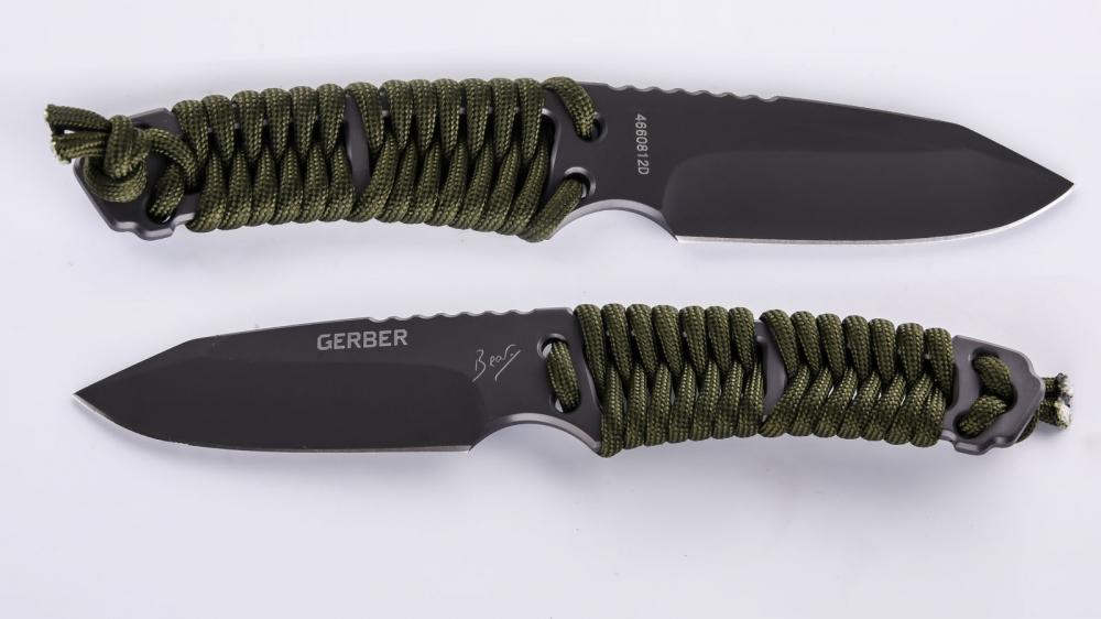 Нож Gerber Paracord Knife - рукоять обтянутая паракордом цвета хаки