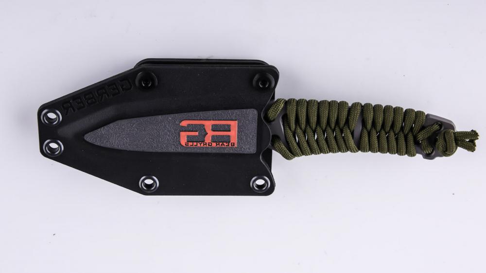 Нож Gerber Paracord Knife функциональный в надежным футляре