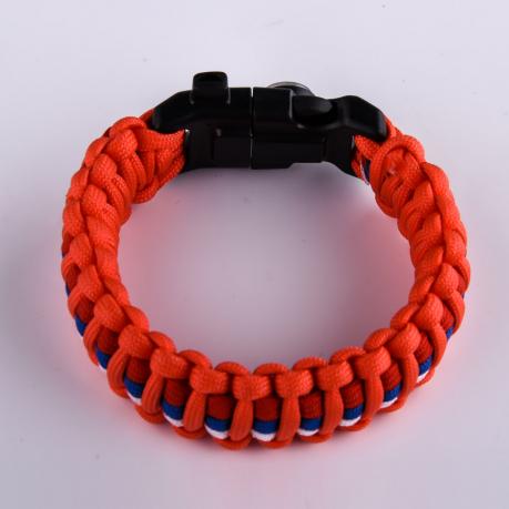 Оранжевый браслет