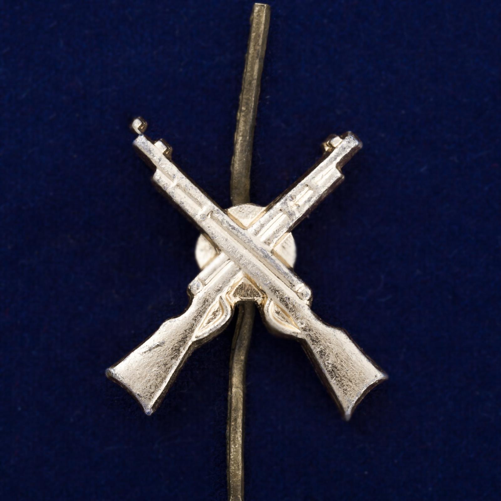 Петличная эмблема пехоты РККА