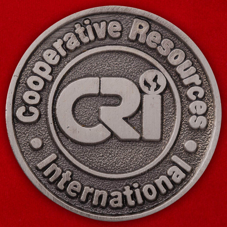 """Значок """"Cooperative Resourses International"""""""