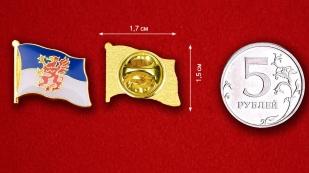 Значок Флага Померании - сравнительный размер