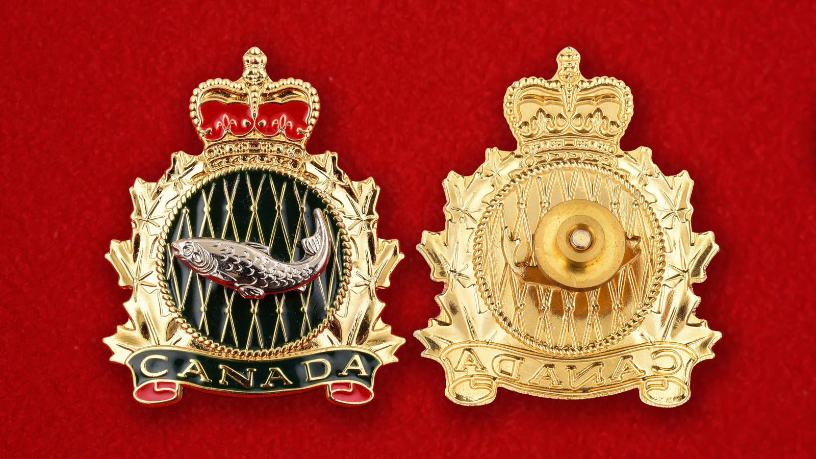 """Значок """"Канада"""" с короной"""