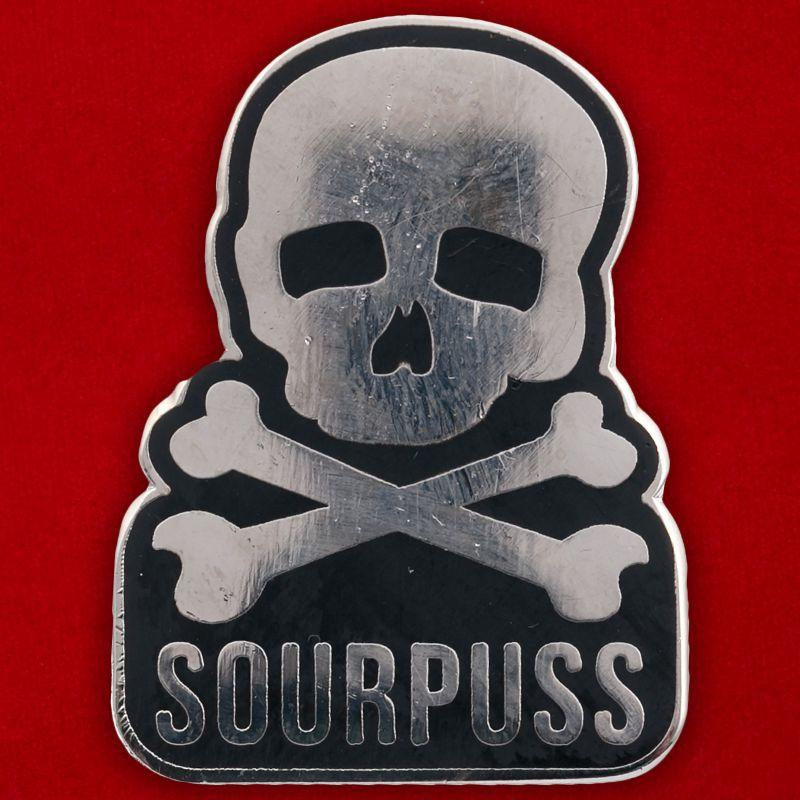"""Значок """"Sourpuss"""""""