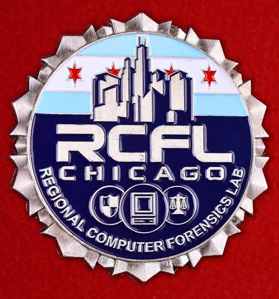 """Знак ФБР """"Лаборатория компьютерной экспертизы в Чикаго"""""""