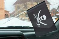 Флажок в машину с присоской Пиратский с саблями