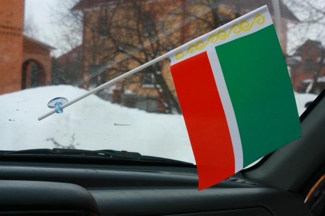 Флажок в машину с присоской Чечня