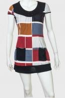 Абстрактное платье с модным принтом от Le Grahier