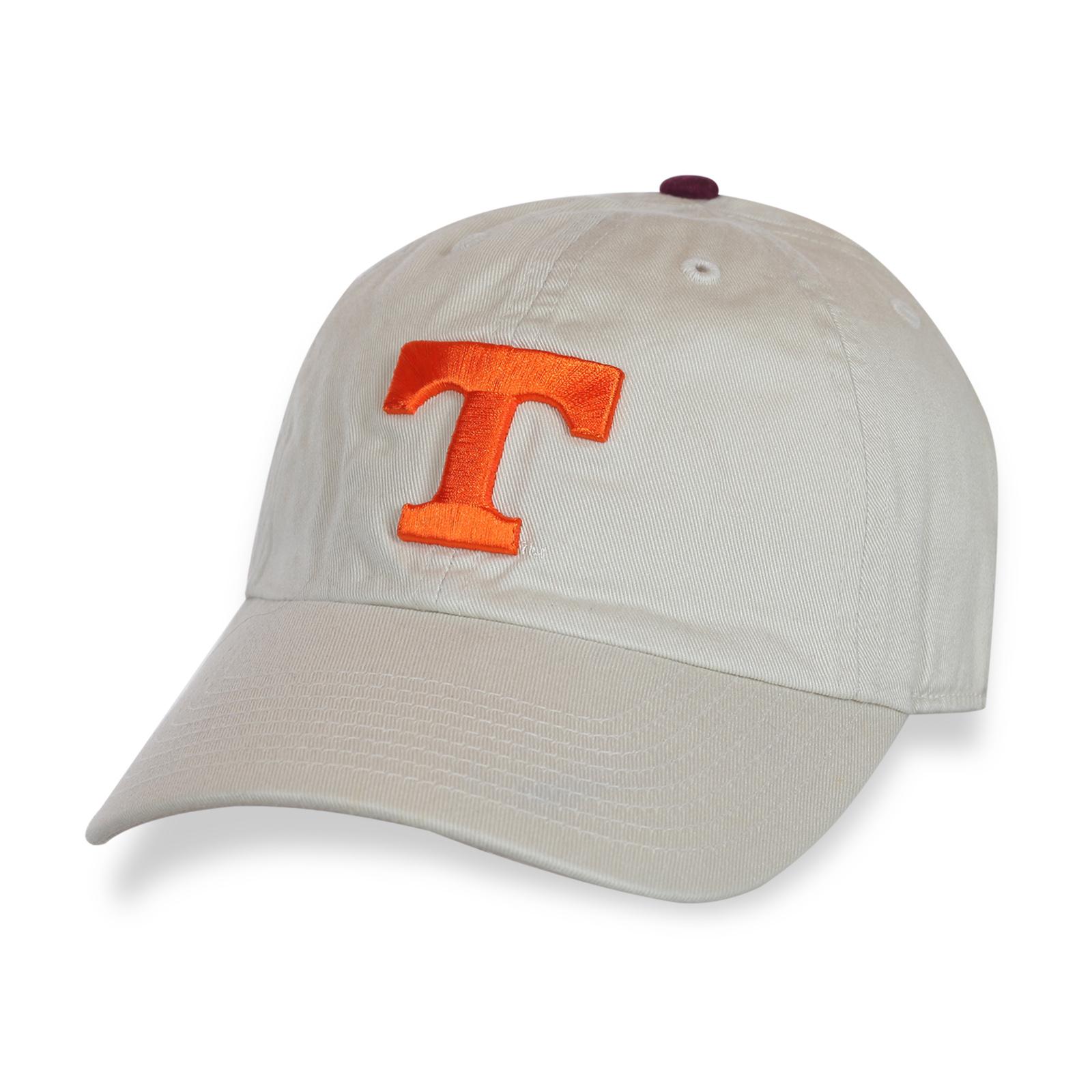 Аккуратная белая кепка T