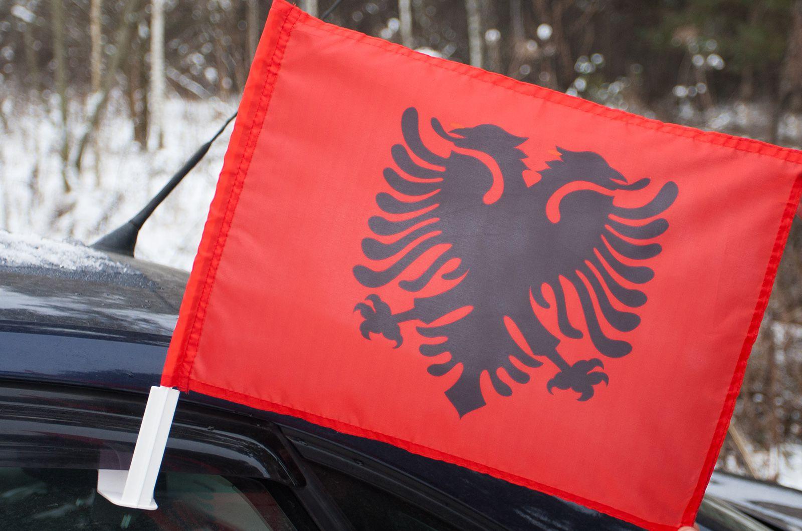 Албанский флаг на машину