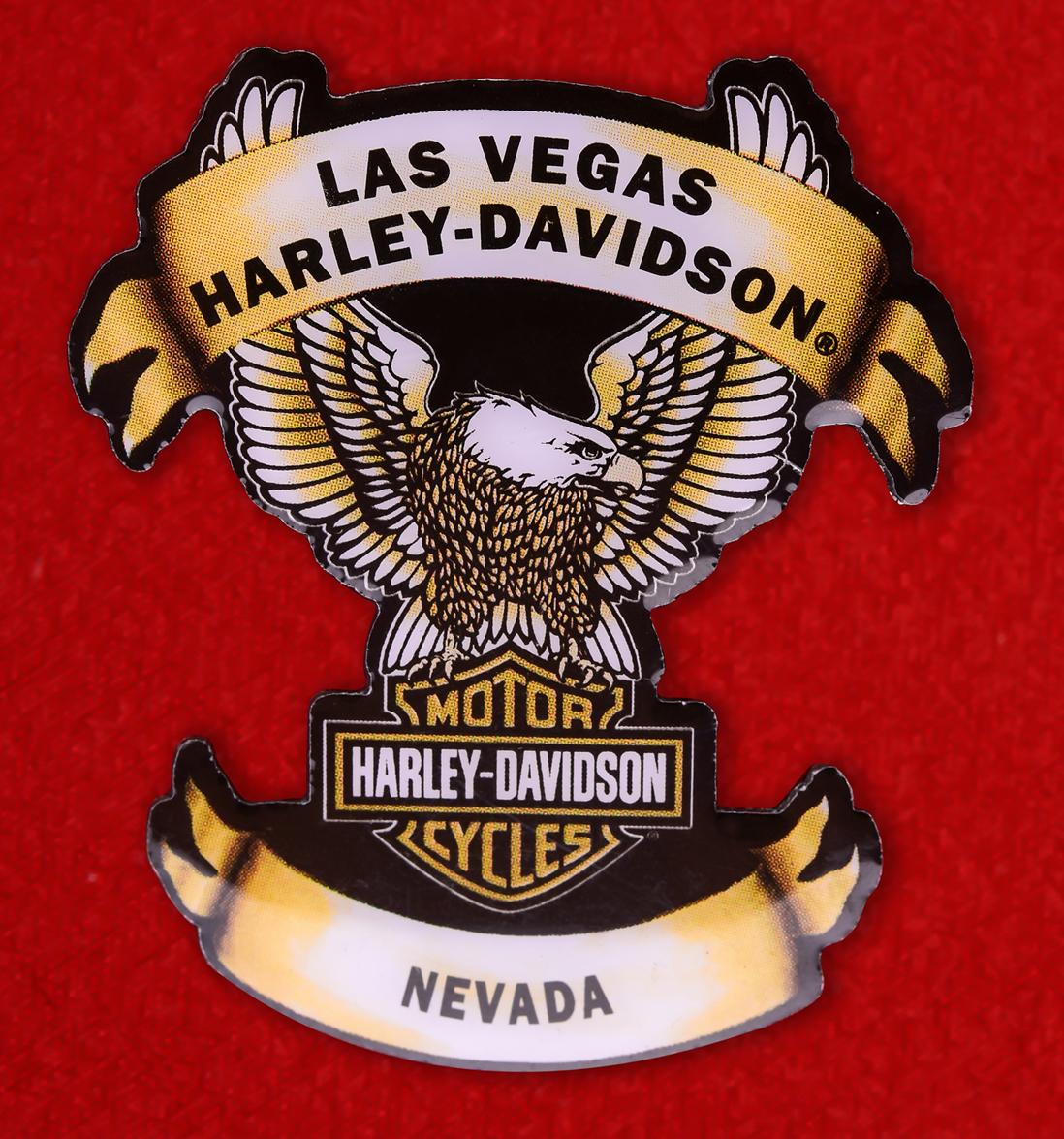 Прикольные мужские значки для байкеров