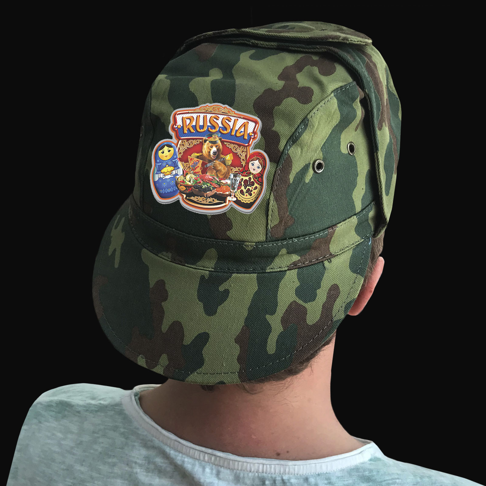 Купить в интернет магазине кепку с символикой России
