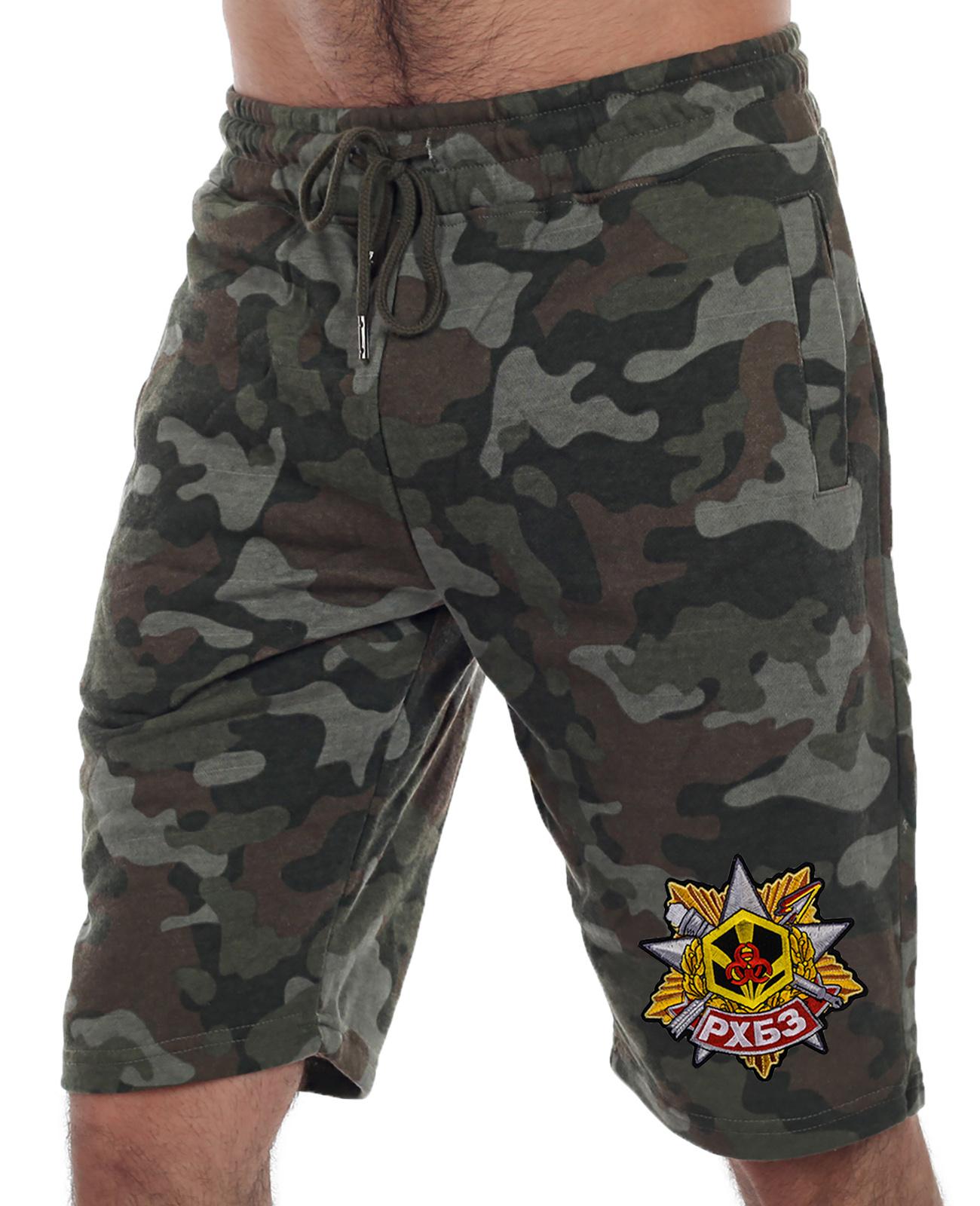 Купить армейские камуфляжные шорты с нашивкой РХБЗ в подарок любимому
