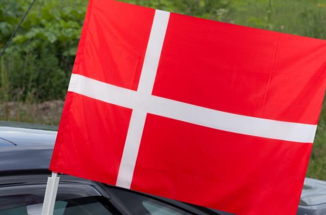 Автомобильный флаг Дании