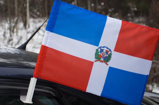 Автомобильный флаг Доминиканской Республики