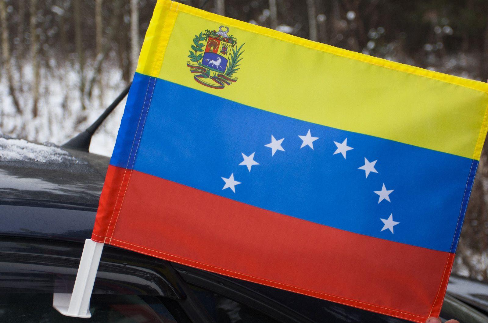Автомобильный флаг Венесуэлы