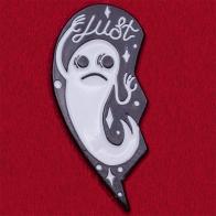 """Авторский значок """"Lust"""" с призраком. Символизирует прошедшую страсть"""