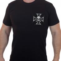 Байкерская футболка  с вышитым черным крестом