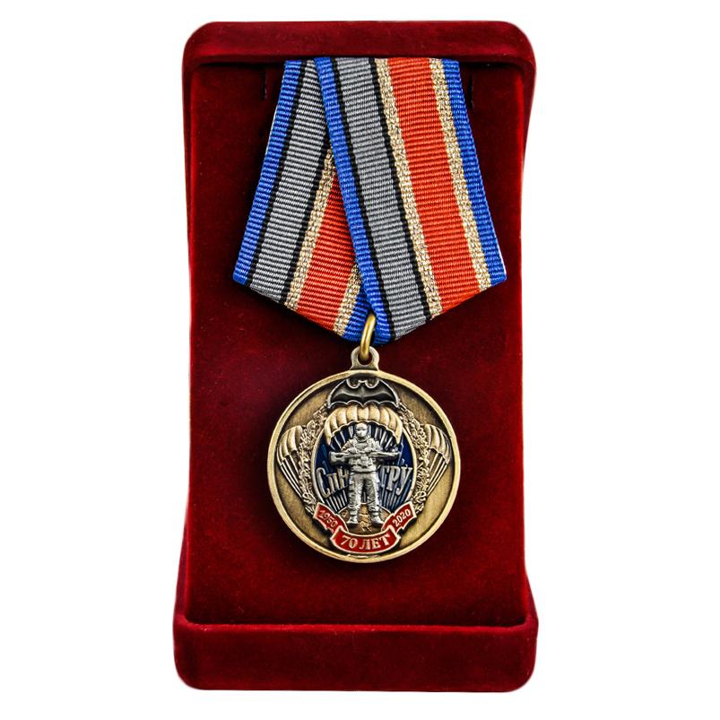 Бархатистый футляр для медалей - презентабельный и компактный