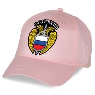 Нежно-розовая женская бейсболка с гербом ФСО РФ.