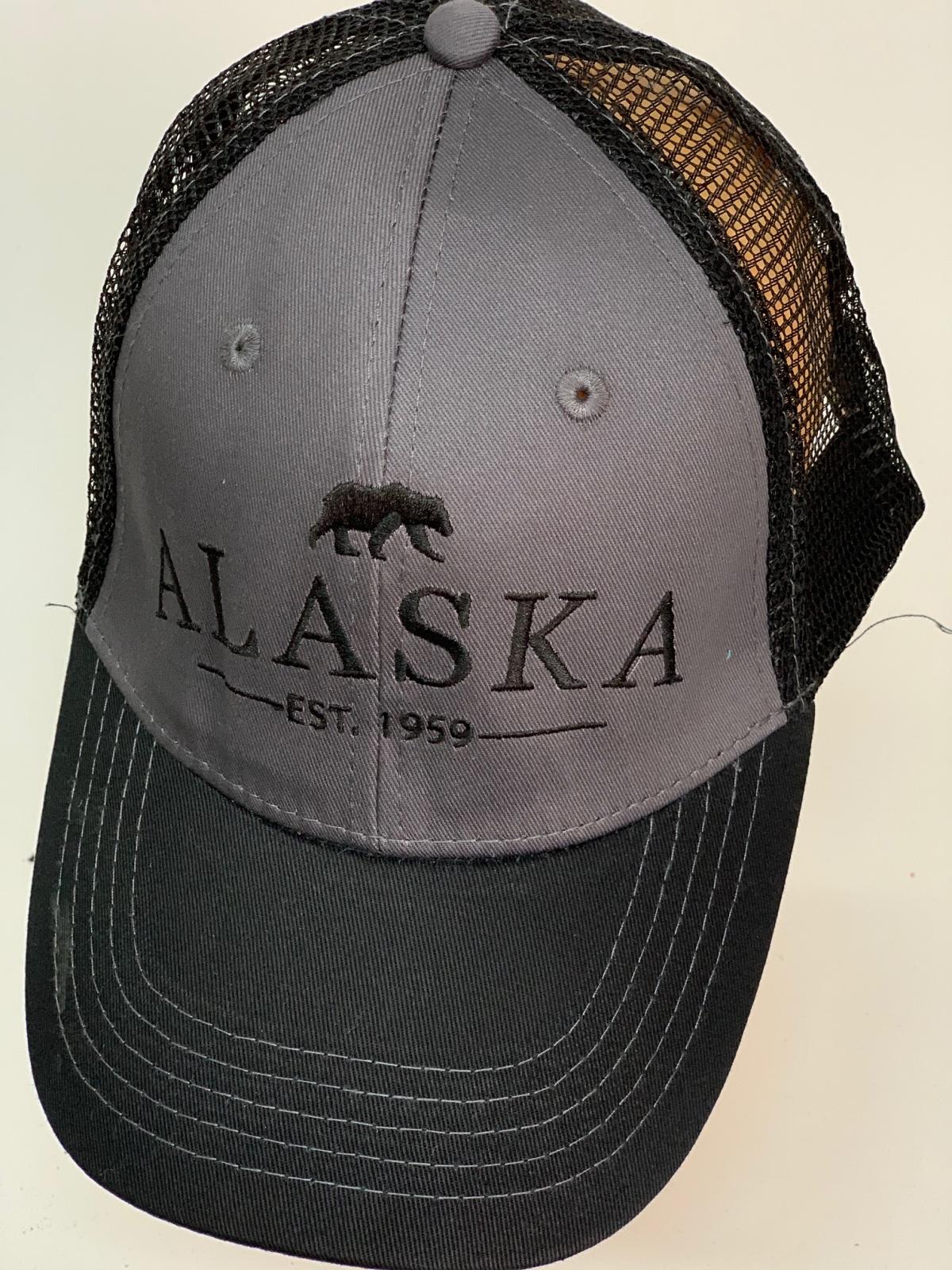 Бейсболка Alaska черного цвета с серой тульей