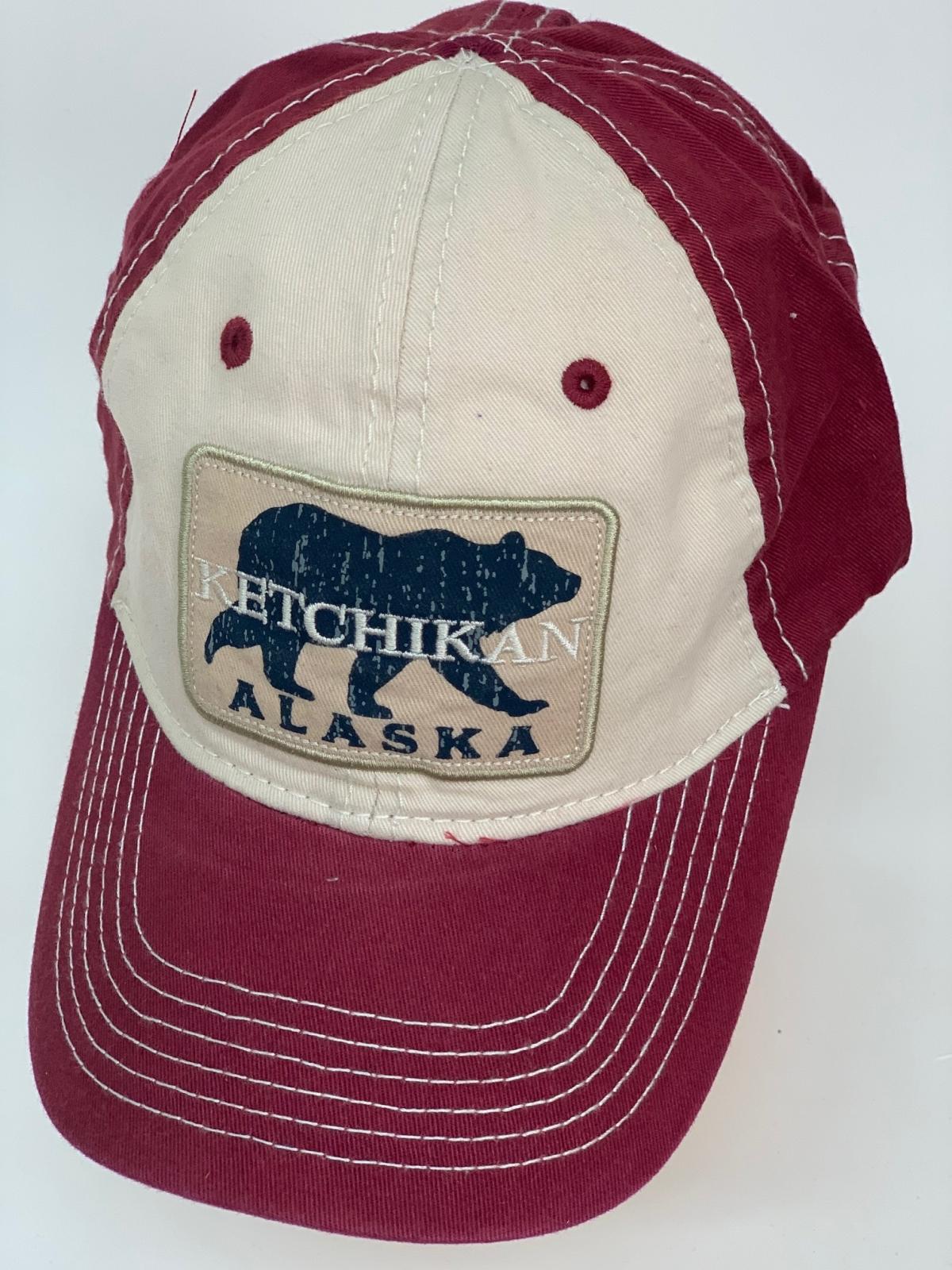 Бейсболка Alaska с медведем на светлой тулье