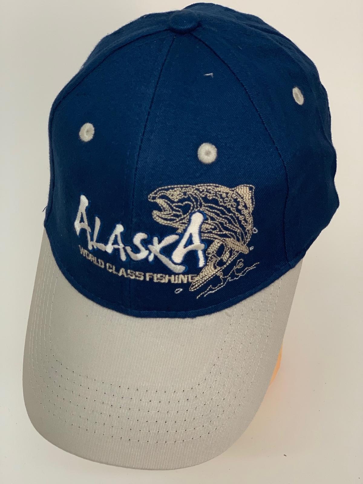 Бейсболка Alaska синего цвета со светлым козырьком