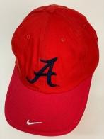 Бейсболка Atlanta Braves ярко-красного цвета