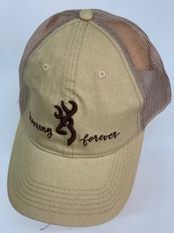 Бейсболка Browning бежевого цвета с вышивкой